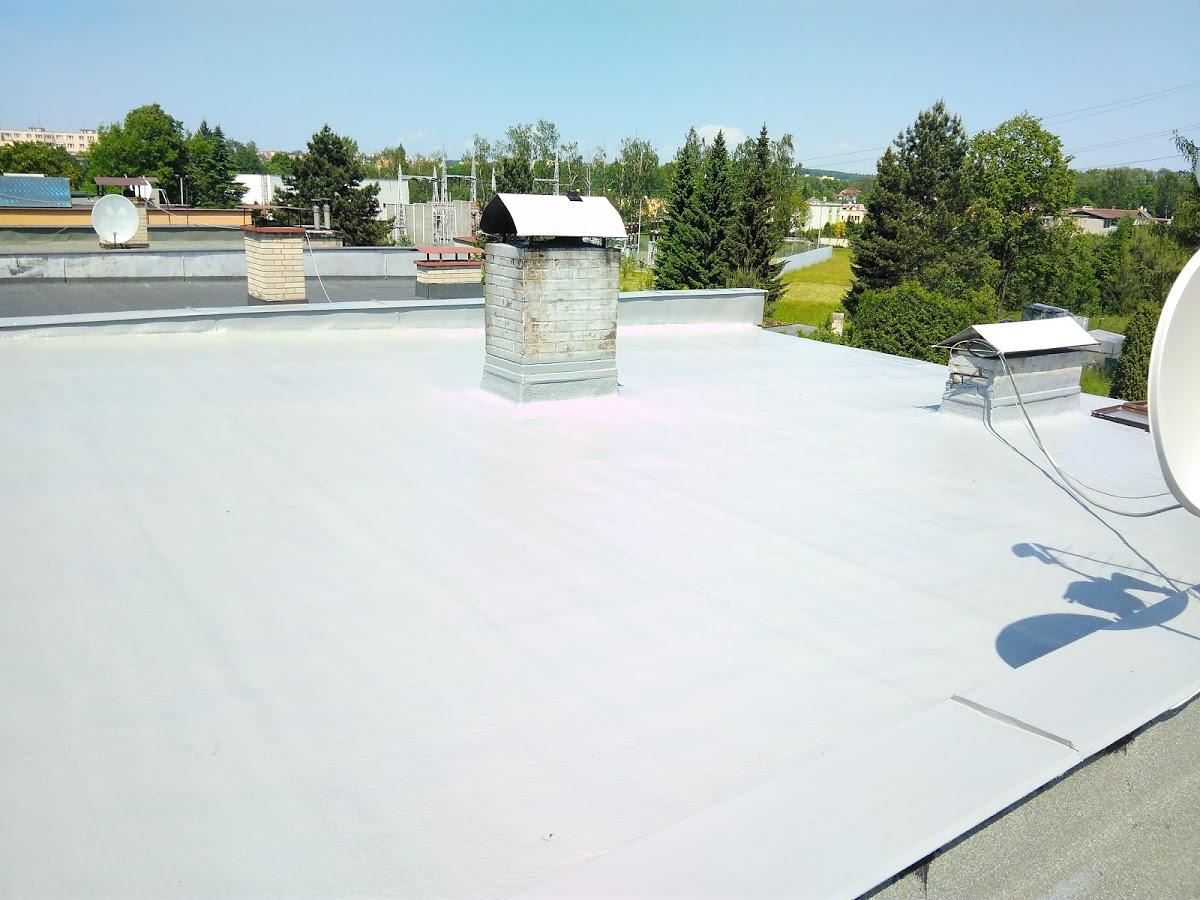 Nástřik ploché střechy - RD Frýdek-Místek