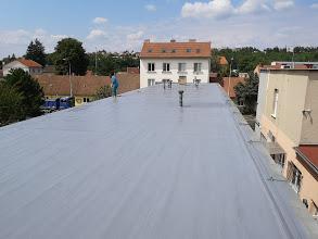 Hydroizolace střechy na výrobní hale, Brno