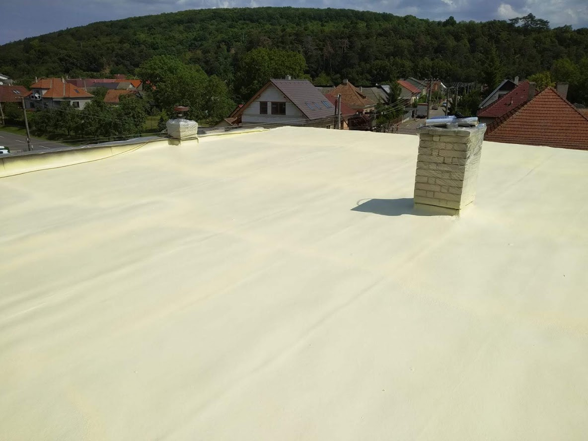 Izolace ploché střechy RD