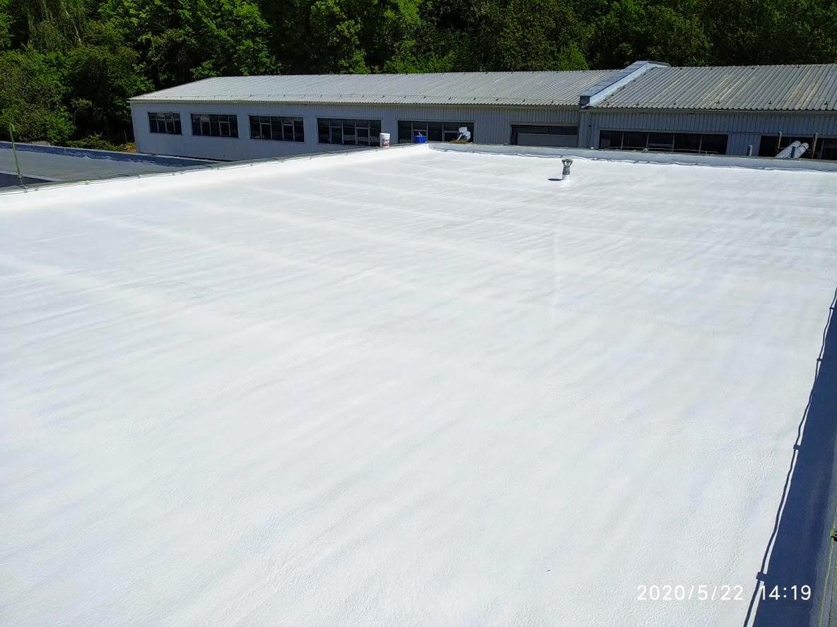 Izolace střechy PUR pěnou